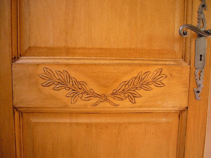 détail des portes du gîte